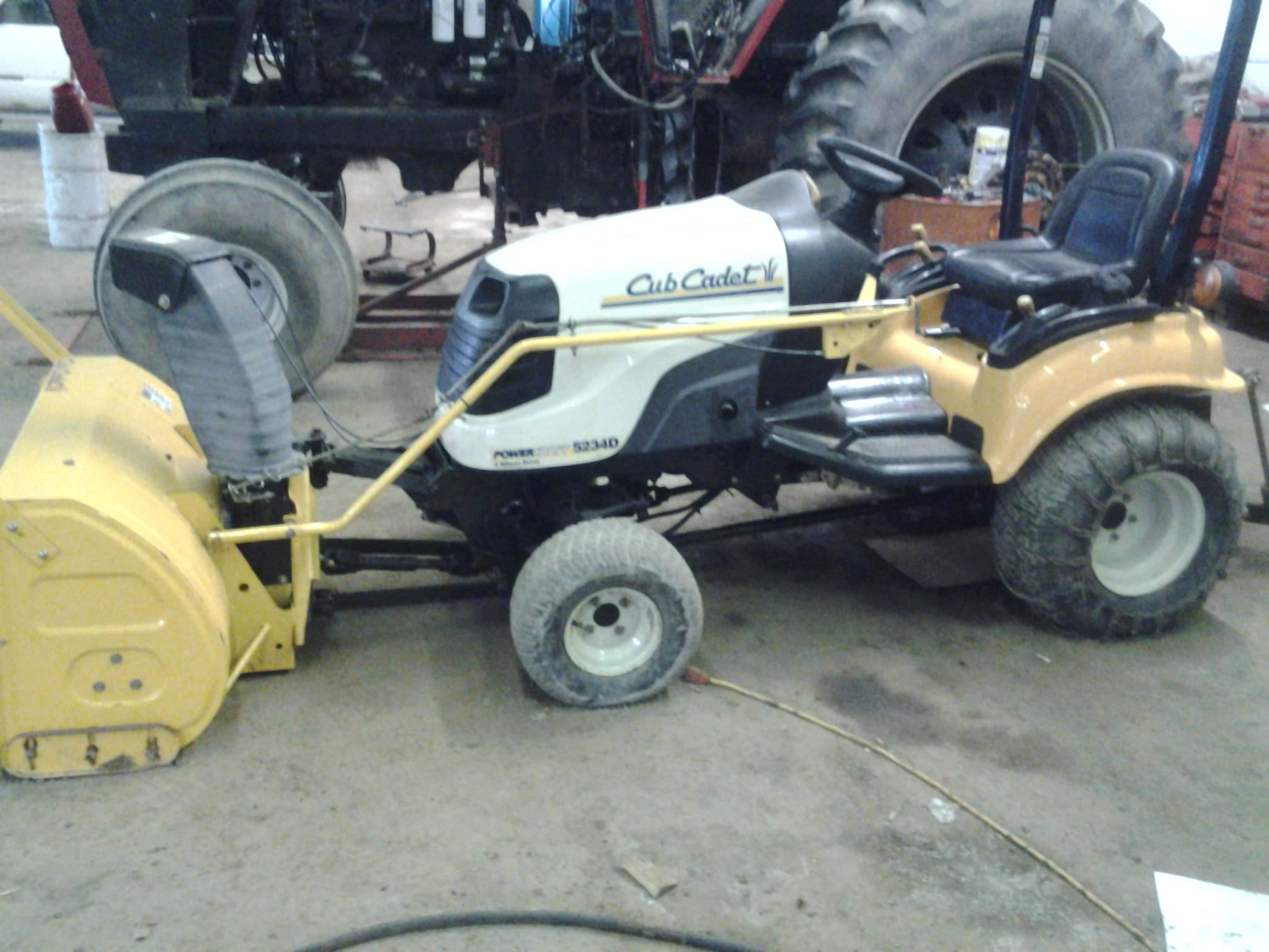 Cub Cadet 7200 : Used tractors